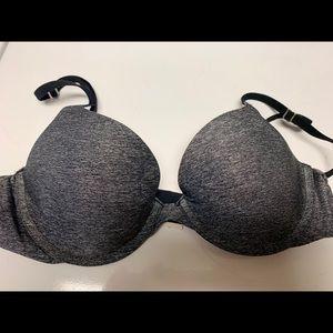 34B Victoria's Secret bra